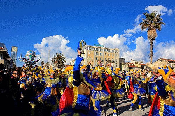 viareggio-carnevale2-crop