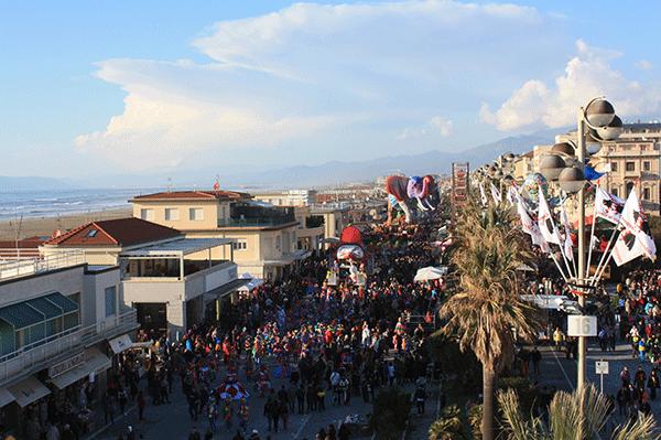 viareggio-carnevale-crop