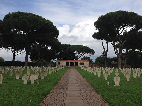 cimitero-01-crop