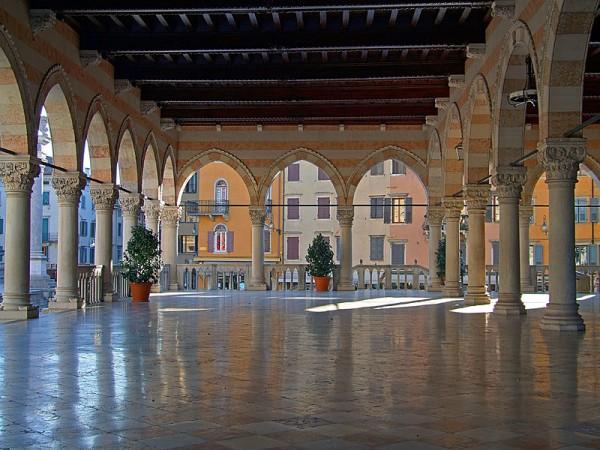 Loggia del Lionello, Udine.