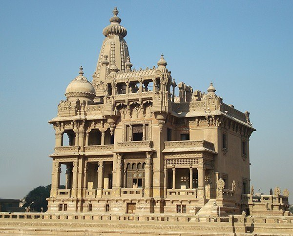 The_Baron_Palace crop